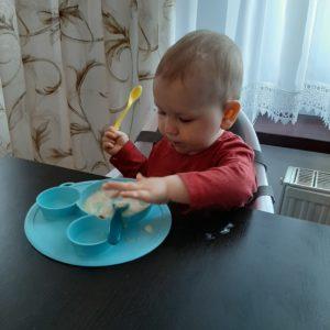 Baby in World  Miseczka silikonowa z podstawką szara