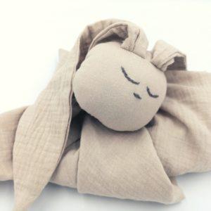 Baby in World Hug Me Bunny Piaskowy